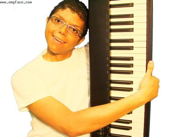 happy,Chocolate Rain,Chocolate rain man,funny piano man